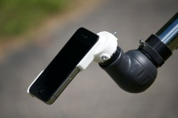 AstroClip lets you take space photos using your iPhone 4