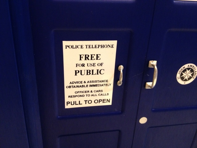 Doctor Who Tardis sign
