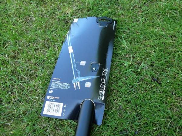 Fiskars Weed Puller W52 Gadget Review – Become the Terminator of Weeds